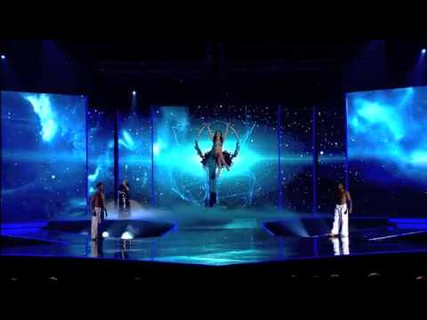 Calzedonia Summer Show (6/8) - Dorotea Mele and Sara Sampaio