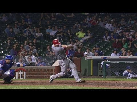 Mesoraco ties Reds record with homer in 9th