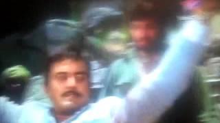 Sholay yeh haat mujhe dede thakur scene