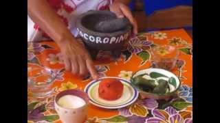 Mole Rojo, Salsa De Gusanitos Y Chicatanas