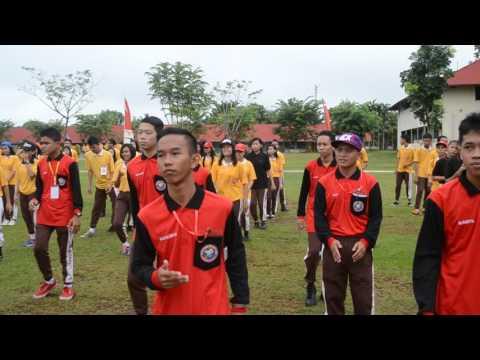 Joget Heboh Guru dan Murid SMK MANAMAS