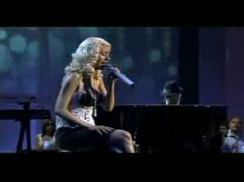 Christina Aguilera Oh Mother live!!!!