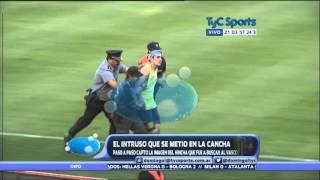 La invasion del hincha de Rosario Central ante Boca en el Gigante de Arroyito