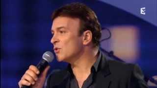 "Tony CARREIRA & ANGGUN interprètent ""La neige au Sahara"""