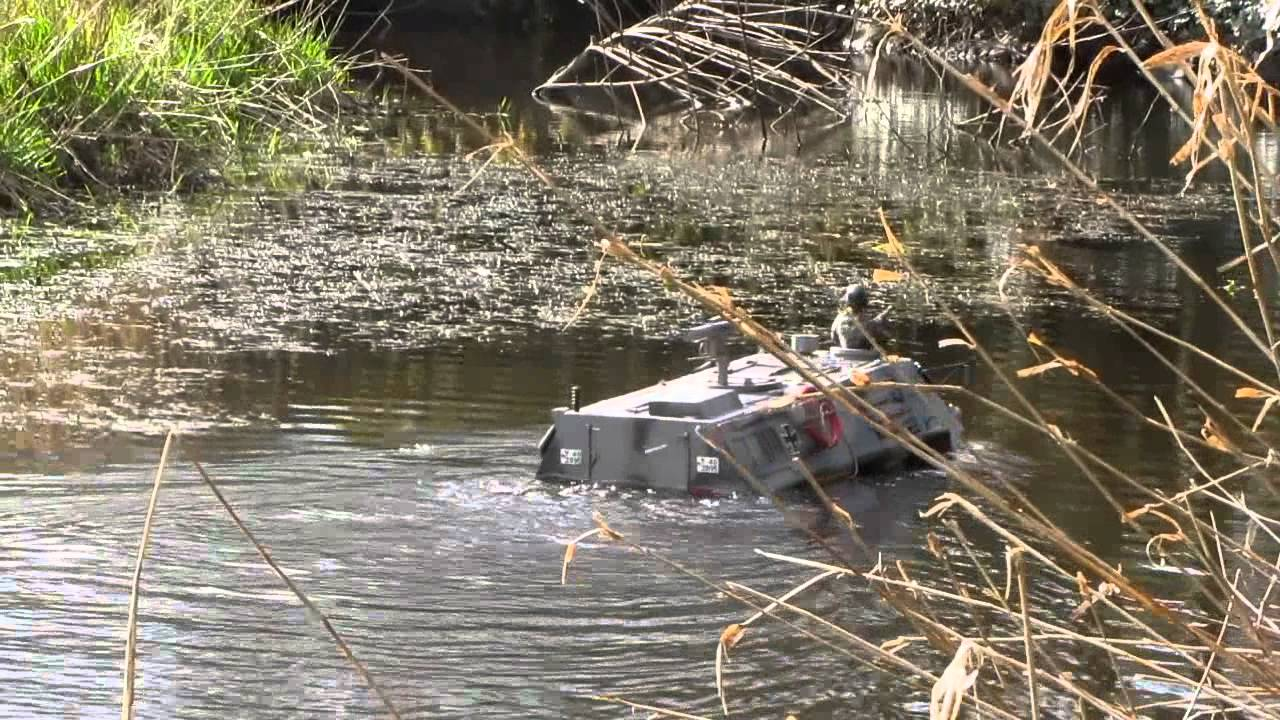 Amphibious Vehicle 1 6 Remote Control Youtube