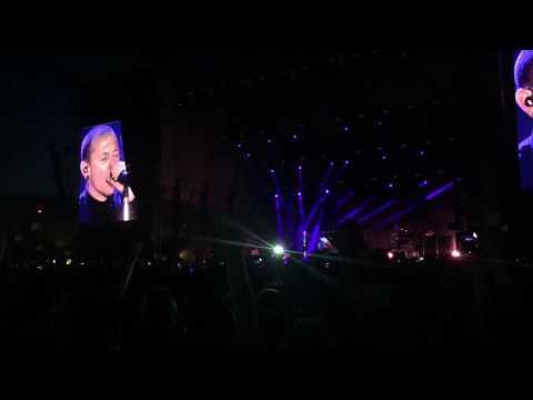 Linkin Park - Crawling, acoustic (11.6.2017, Aerodrome Festival, Prague, Czech Republic)
