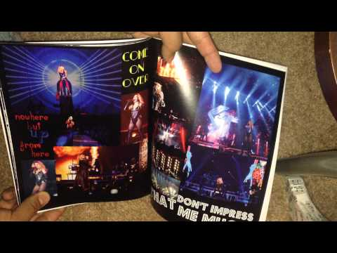 Shania Twain Special Edition ROCK THIS COUNTRY Tour Book Program 2015