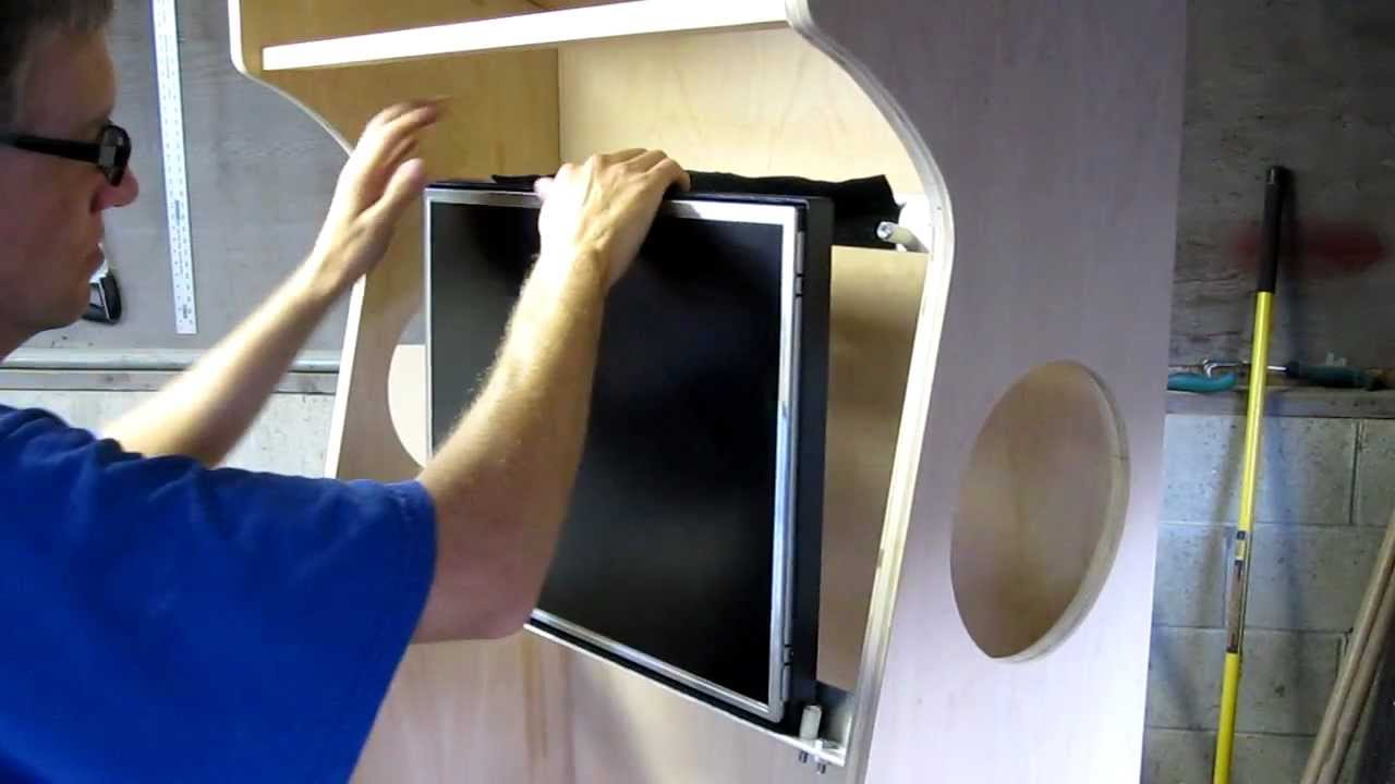Mounting The Monitor With Velcro Youtube