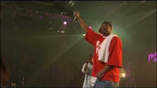 Wu-Tang Clan - Intro + Wu-Tang Clan Ain't Nuthing Ta F' Wit (Live)