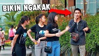 Download Video BIKIN NGAKAK MULU!! NGOMONG HAL KONYOL DI TELEPON Part 5  (Awkward Phone Calls) MP3 3GP MP4