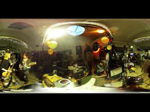 Rocket Shop Radio Hour: Julia Caesar LIVE @ Big Heavy World