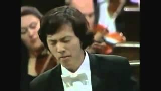 Yundi Li plays Chopin