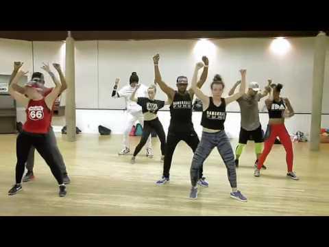 Mr Eazi ft  Efya   Skin Tight choreography by Katerina Troitskaya and Lorenzo Hanna Low, 360p