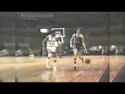 Pete Maravich 28pts 8reb 4a (Hawks at Suns 12.25.1970 Full Highlights)