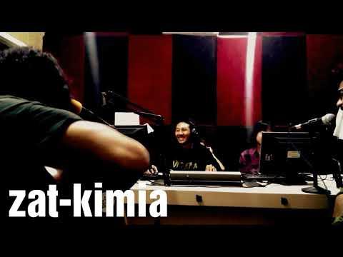Zat Kimia - Candu Baru (live d'Oz radio Bali)