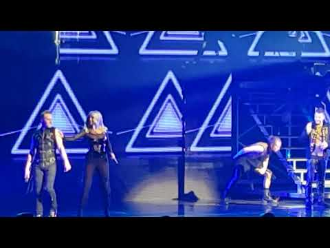 Steps - Neon Blue. Party On The Dance Floor Belfast 14th November 2017. #Steps20