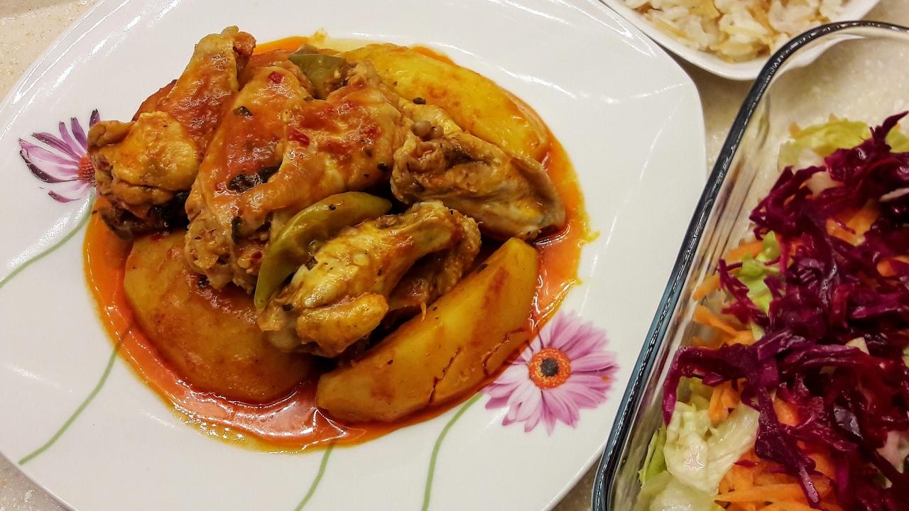 Sulu Tavuk Yemeği Hem Kolay Hem Lezzetli Videosu
