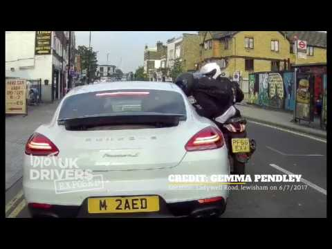 Caught on dash cam, driver in a Porsche robbed at knife point by idiots on mopeds, London.