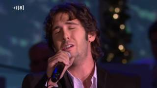 Johnny Mathis & Josh Groban - Christmas time is here, Silent night & The Christmas song