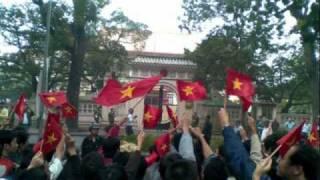 Với Trường Sa nhạc Quỳnh Hợp thơ Hồ Tĩnh Tâm
