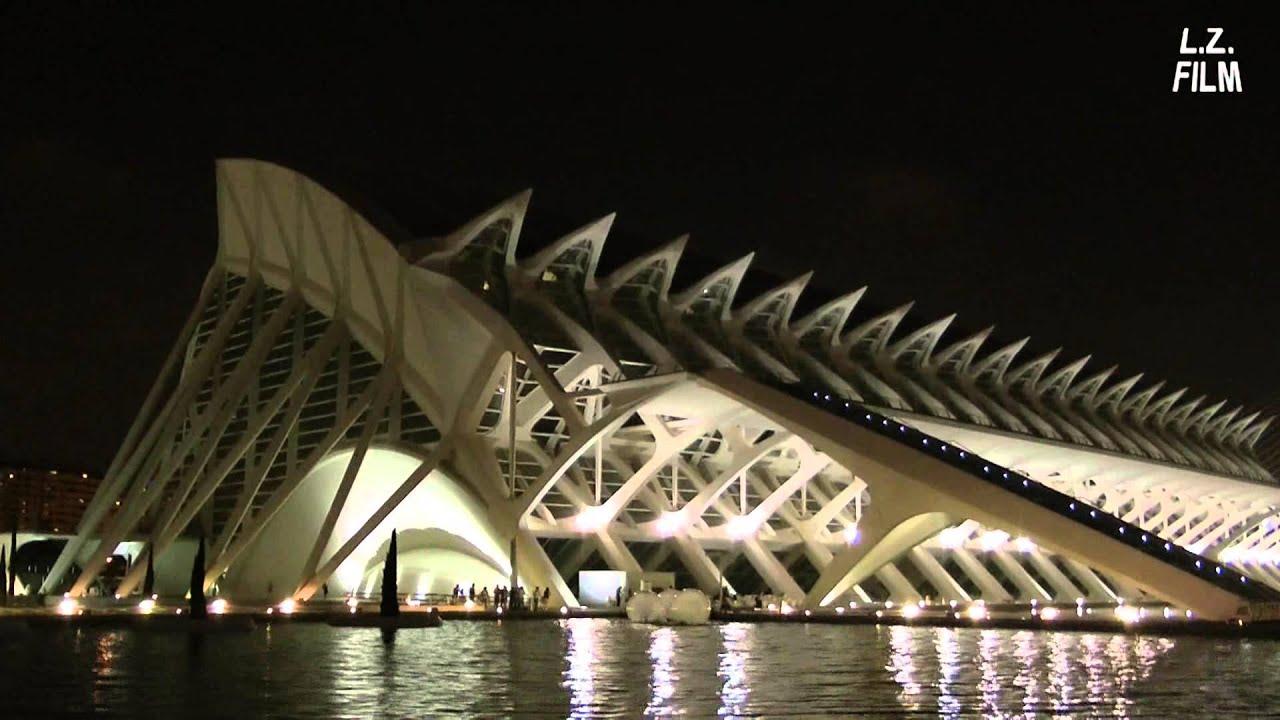 Arquitectura de santiago calatrava en espa a de noche for Arquitectura de espana