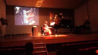 ピアノ発表会で大好きな♡先生と弾きました♬ 画質が良くなかったのでもう...