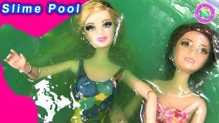 Cuộc Sống Barbie & Ken (Tập 40) Barbie ,Tearsa Tắm Chất Nhờn Ma Quái Slime - Barbie Slime Pool thumbnail