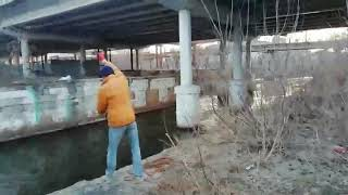 ПОИСКОВЫЙ МАГНИТ Первая рыбалка на реке Исеть с F400 2
