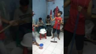 Video Versi nak rantau (Dangdut Underground) download MP3, 3GP, MP4, WEBM, AVI, FLV Agustus 2017