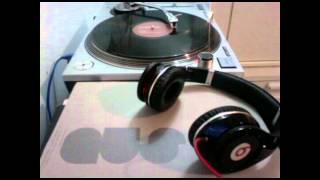 Motorcitysoul -- Space Katzle (Jerome Sydenham Remix)