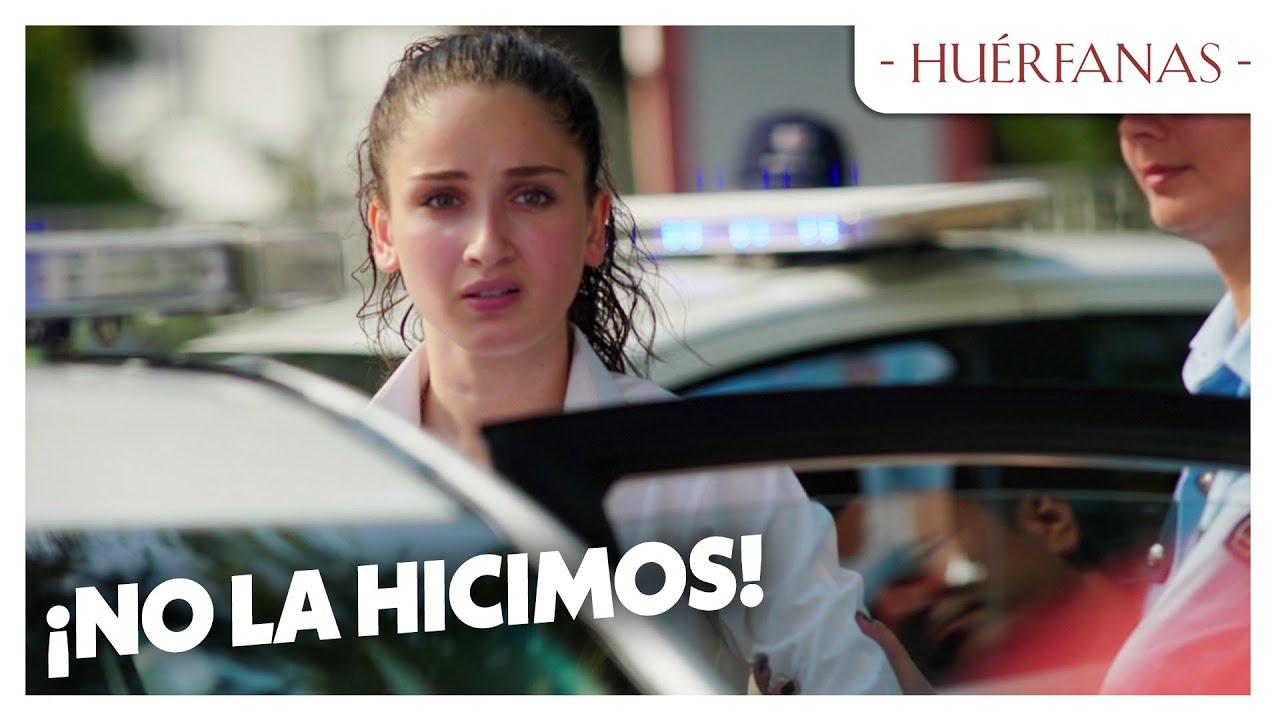 La policia está buscando las chicas - Huérfanas Las Escenas