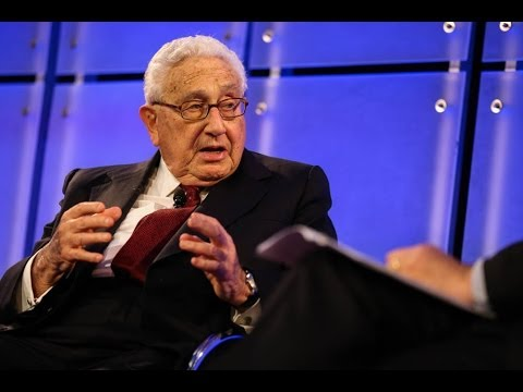 Henry Kissinger discusses global risks in 2014