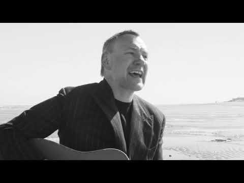 David Gray – Accumulates (Official Video)