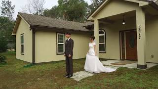 Впервые увидел невесту в платье