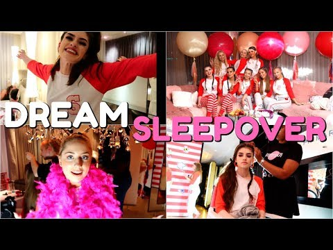 GIRLY SLEEPOVER OF DREAMS!! SAFFRON BARKERS LAUNCH PARTY | Jessie B