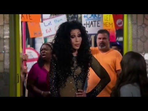 Chad Michaels on 2 Broke Girls 5x04