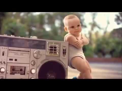 Bayi gaul sekali