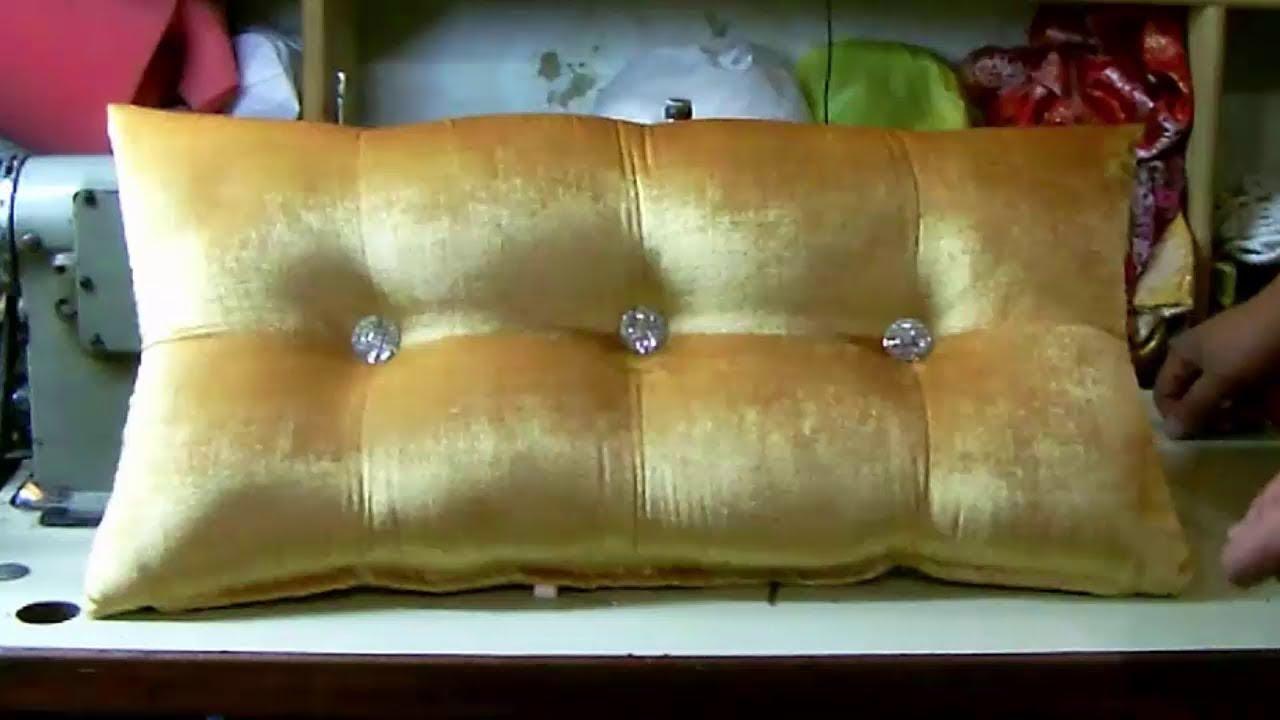 79 طريقة خياطة مخدات با سطة لزينة الصالون Tarikat Khiyatat Mekhada Basta Youtube Sofa Reupholstered Reupholster Tufted Sofa