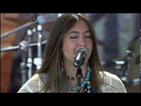 Kate Voegele - That's Not Love To Me (Live at Farm Aid 2005)