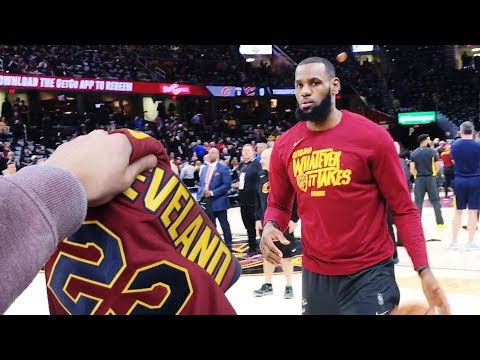 LEBRON JAMES GAVE ME HIS JERSEY!! NOT CLICKBAIT