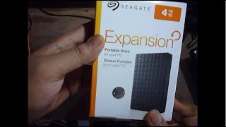 Unboxing Seagate Expansion 4TB Portable External Hard Drive USB 3.0 (STEA4000400)