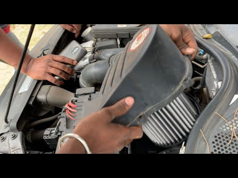 Replacing and Cleaning K&N E-2997 performance air filter for Polo GT TSI India