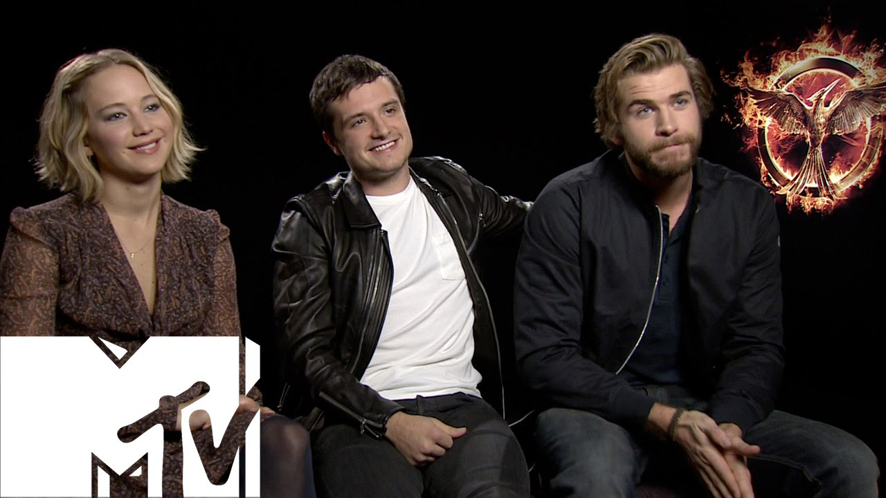 Jennifer Lawrence, Sam Clafin & The Hunger Games Cast Chat ...