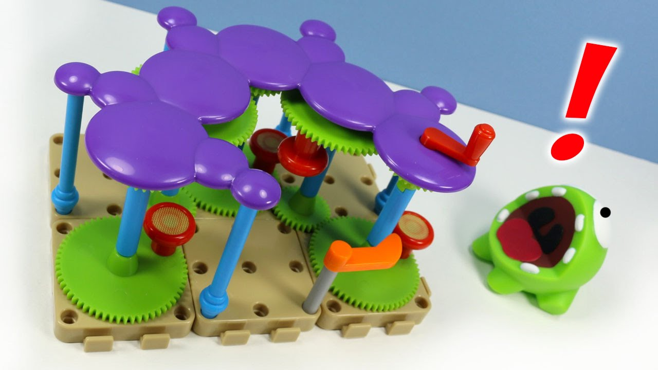 Cut the Rope Om Nom\'s Playground Deluxe Set 2013 Rare Toy Gears ...