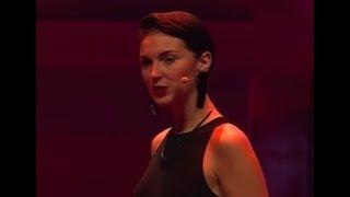 Fashion on Brainwaves | Jasna Rokegem | TEDxRotterdam