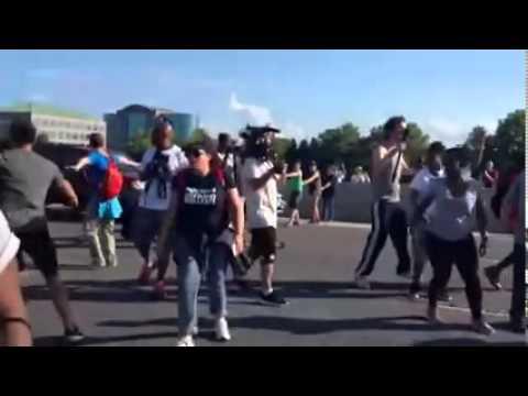 Download Ferguson  driver breaking through protesters blocking I-70