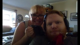 Close Knit Family - Episode 28; Sue Talk and socks