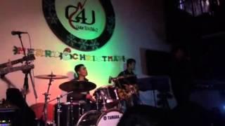 Mua đàn Guitar tốt ở đâu Hà Nội (10-12-14)