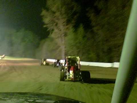 Bakersfield Raceway (Linton, IN) Non-wing micro sprint heat race #1 - Car 9e Jason Hughes