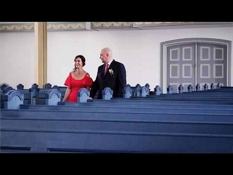 A WINTER WEDDING IN ÆRØSKØBING